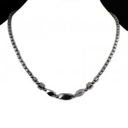 Collier en hématite avec perles twist