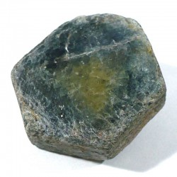 Saphir brut de Madagascar - pierre précieuse