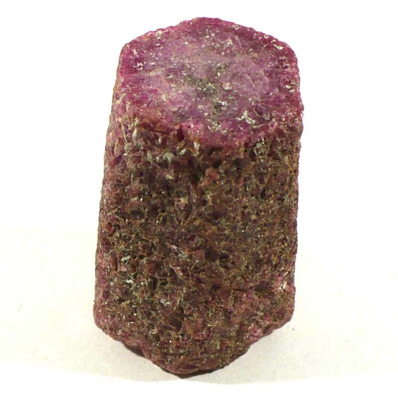 Rubis brut de Madagascar - pierre précieuse