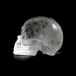 crâne sculpté en cristal de roche 5cm