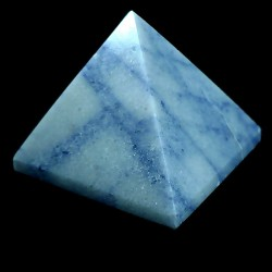 pyramide taillée en sodalite 4cm