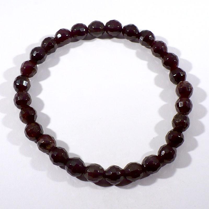 bracelet perles facettées en grenat extra