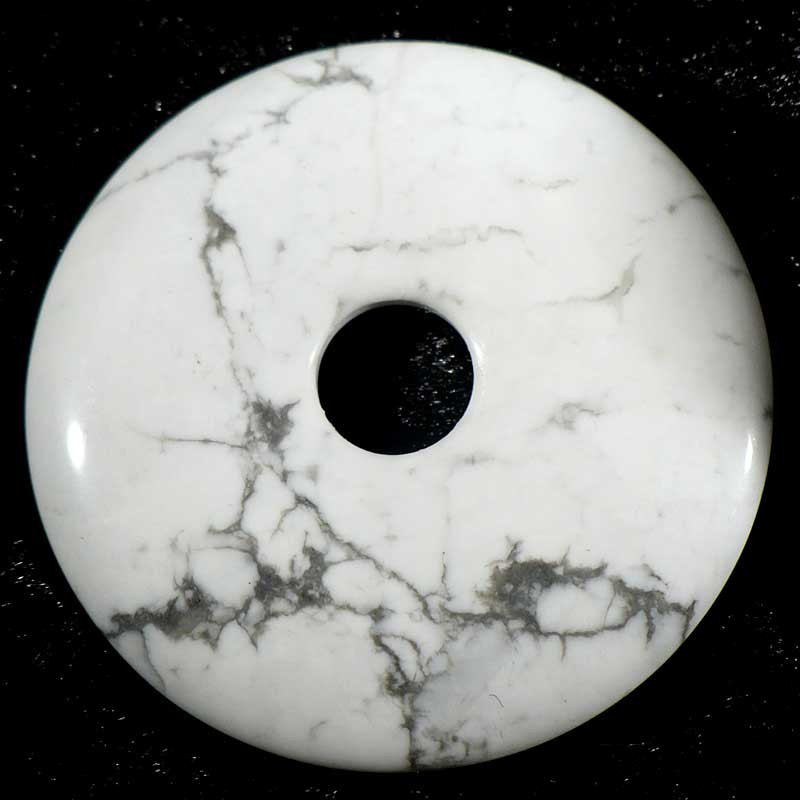 Pendentif donuts en howlite - magnésite 4cm