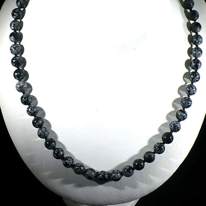 Collier en obsidienne neige perles rondes et noeuds