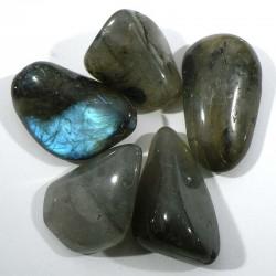 labradorite de Madagascar - pierres roulées