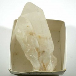 Quartz en pointe de Madagascar - boite de collection 5cm